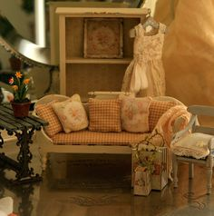 Shabby chic/French provincial wooden settee or daybed for dollhouse - made to order