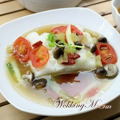 Let's get Wokking!: Teochew-Style Steamed Cod 潮州式蒸鳕鱼 | Singapore Food Blog on easy recipes