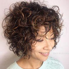 60 Most Delightful Short Wavy Hairstyles - Short Curly Hairstyle With Subtle Highlights - Short Curly Hairstyles For Women, Haircuts For Curly Hair, Short Wavy Hair, Curly Hair Cuts, Curly Hair Styles, Wavy Hairstyles, Short Shag, Curly Pixie, Casual Hairstyles