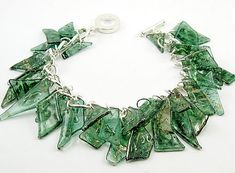 can you believe this is made from recycled CDs??