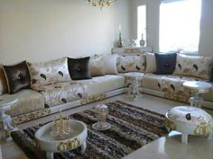 What You Should Do To Find Out About Daniel Ponton Moroccan Inspired Living Room 6 - findmynewhomes Moroccan Lounge, Moroccan Home Decor, Moroccan Interiors, Beige Living Rooms, Living Room Decor, Arabic Decor, Fashion Room, Drawing Room, Home Furnishings