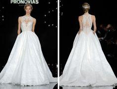Amigas da Noiva: Pronovias 2017 Fashion Show #bridal #bride #noiva #pronovias2017fashionshow #vestidosdenoiva #weddingdress
