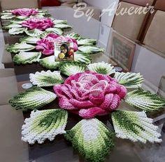 Watch The Video Splendid Crochet a Puff Flower Ideas. Phenomenal Crochet a Puff Flower Ideas. Crochet Flower Tutorial, Crochet Flower Patterns, Crochet Motif, Crochet Doilies, Crochet Flowers, Knit Crochet, Crochet Table Runner, Crochet Tablecloth, Irish Crochet