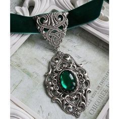 CELTIC GARDEN Victorian celtic choker necklace with green velvet and... ❤ liked on Polyvore featuring jewelry, necklaces, thick choker necklace, choker necklace, ribbon choker, celtic necklace and emerald necklace