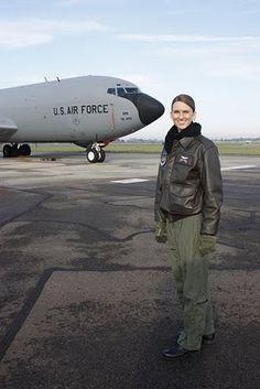 KC-135 Female Pilot