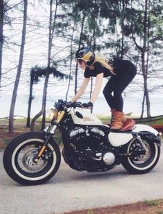 Respect. Girl on 48 #riding #motorcycles #motos | caferacerpasion.com