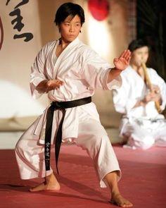 Martial Arts Manga, Mixed Martial Arts, Martial Arts Styles, Martial Arts Women, Taekwondo, Kempo Karate, Warrior Workout, Shotokan Karate, Kyokushin