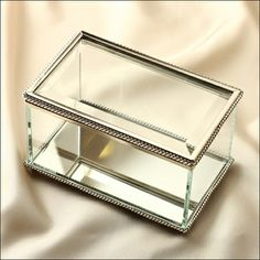 Nicole Miller Jewelry Box Cool Vintage Style Acrylic Jewellery Box £499  Accessories  Pinterest Design Ideas