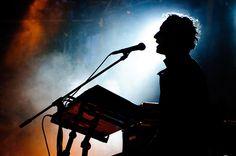 Bere Gratis live performance by Sergiu Bacioiu, via Flickr