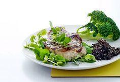 Sund aftensmad på max 30 minutter   Iform.dk Quinoa, 20 Min, Vinaigrette, Salmon Burgers, Steak, Beef, Chicken, Ethnic Recipes, Food