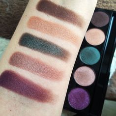 Kickass swatches of the Freak Show palette by @RoseShock! #StrobeCosmetics #RoseShock #FreakShowPalette