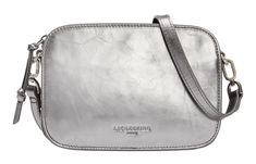 Luka Crossbody S Liebeskind Berlin Crossover Tasche Silver Lead Marshell Metallic silber Crossover, Chelsea, Clutch, Shopper, Hobo Bag, Saddle Bags, Metallic, Products, Silver