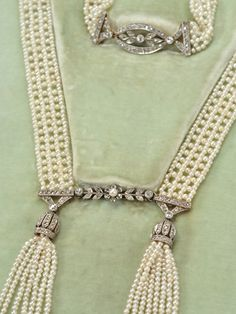 Edwardian Essence in a Diamond Pearl Sautoir - The Three Graces