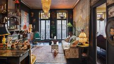 In the book Hotel Chelsea: Living in the Last Bohemian Haven, the last residents of the famed Chelsea Hotel and their apartments are documented and interviewed. Armani Hotel, Dubai Hotel, Ace Hotel, Hotel 1000, Hotel Lobby Interior Design, Luxury Interior Design, Room Interior, Bohemian Apartment, Bohemian House