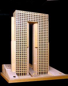 Esta extraordinaria exposición celebra los 70 años de trayectoria del renombrado arquitecto Teodoro González de León.