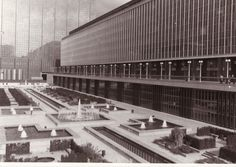 State Administrative Centre, Boulevard Pacheco, architects Marcel Lambrichs, Hugo Van Kuyck, Georges Riquier and the Alpha Group, built as from 1958 (demolished in 2007).