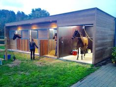 paardenstal design small modern horse barn and wash stall ive seen and i love it - Horse Barn Design Ideas Horse Shed, Horse Barn Plans, Horse Stalls, Dream Stables, Dream Barn, Small Horse Barns, Horse Barn Designs, Horse Shelter, Horse Ranch