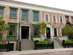 Melissa's Philadelphia Apartment Pretty Little Liars Warner Bros Sets (1 of 3)