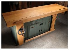 Wow. A shaker style workbench with Benchcraft vises.