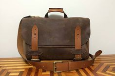 Handmade a Leather Messenger Bag by Yourself