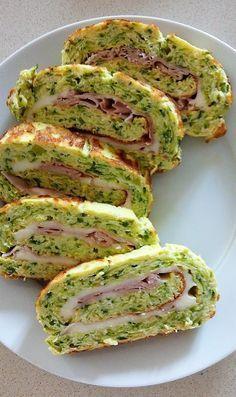 Le girelle di frittata con zucchine si preparano in poco tempo, è un secondo piatto semplice che gustato freddo è adatto per pic nic o cene fredde