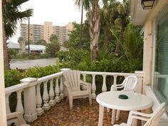 Front Porch - Beachcomber