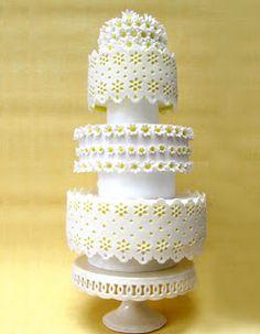 Gorgeous, elegant white daisy lace wedding cake from Rosalind Wedding Cakes. Birdcage Wedding Cake, Daisy Wedding Cakes, Lace Wedding, Beautiful Cakes, Amazing Cakes, Wedding Favours, Bird Cage, Let Them Eat Cake, Wedding Decorations