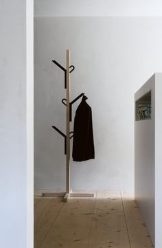 Steckling by Takashi Sato for Nils Holger #Moormann  http://shop.mohd.it/it/naviga/manufacturer-moormann.html