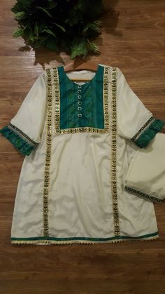 Pakistani Dresses Casual, Eid Dresses, Indian Gowns Dresses, Pakistani Dress Design, Stylish Dresses For Girls, Stylish Dress Designs, Dresses Kids Girl, Baby Girl Dress Design, Baby Girl Dress Patterns
