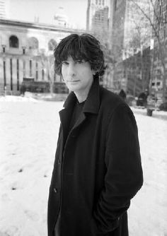 Neil Gaiman is a post-modern and master of the written word whose works include award winning novels, short stories, comic books, screenplays and poetry. He has appeared multiple times on best selling lists around the world including the New York Times. Stardust Neil Gaiman, Amanda Palmer, American Gods, Book Authors, Book Nerd, Short Stories, Beautiful Men, Beautiful People, Role Models
