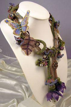 Belisama Bead woven necklace di LaurenElise su Etsy