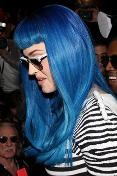 Katy Perry rocks a blue hairstyle