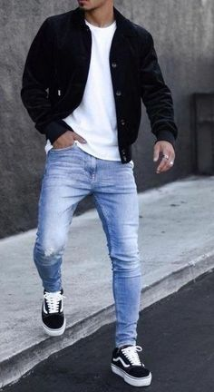men's fashion grey men's adidas sneackers outfit with style men's fashion style outfit and outfit grids inspirations style grid for men fashion for men Mens Fall Outfits, Summer Outfits Men, Stylish Mens Outfits, Casual Outfits For Guys, Simple Outfits, Urban Style Outfits Men, Street Style Outfits Men, Men Summer, Trendy Mens Fashion
