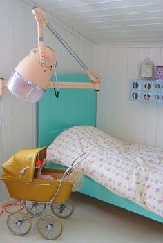 Amazing chunky pastel peach light! Heart Handmade UK: Bright Pastel Little Girls Room in Norwegian Style from Theas Mania