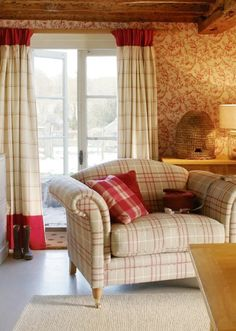 Cream And Raspberry Tartan Sitting Room