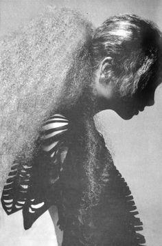 Genevieve Waite by Richard Avedon for Vogue Italia, January 1971 - hair by Ara Gallant