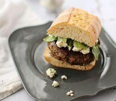 Hamburger végé noix et champignons, au bleu