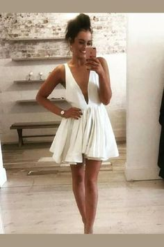 Buy Cute Deep V Neck Satin Straps Ivory Backless Homecoming Dresses Short Prom Dresses online.Shop short long ombre prom, homecoming, bridesmaid evening dresses at Couture Candy Cocktail party dresses, formal ball gowns in ombre colors. Backless Homecoming Dresses, Mini Prom Dresses, Dresses Short, Sexy Dresses, Dress Prom, Party Dresses, Dance Dresses, Occasion Dresses, Bridesmaid Dress
