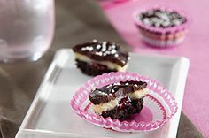 OREO Chocolate-Raspberry Truffle Cups