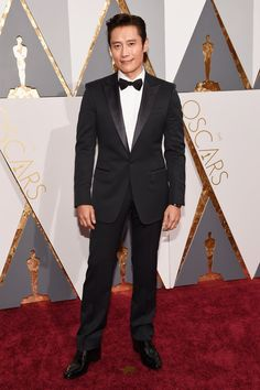 Pin for Later: See Every Face-Meltingly Hot Dude Who Steamed Up This Year's Oscars Byung-hun Lee