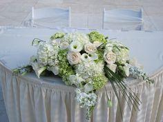 0016 #sweethearttable #triasflowers #weddings #events #flowers #elegant #miami www.triasevents.com