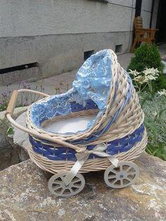 Kočiarik modrý, ružový