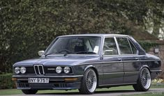 There is something so classy about a classic BMW, and Ian's 1979 is no exception. I tried to get across how clean and understated this car is, and to be honest I am completely in love with the car. E28 Bmw, Bmw Alpina, Bmw 525, Bavarian Motor Works, Bmw Autos, Bmw Classic Cars, Bmw Love, Super Sport Cars, Counting Cars