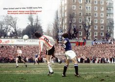 Southampton v Man Utd (in blue) at The Dell