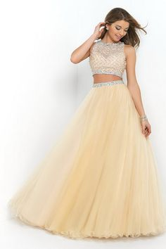Dream Tulle Floor-Length Champagne Formal Graduation Gowns