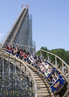 """Voyage roller coaster at Holiday World will be featured on Travel Channel's TV show, """"Insane Coaster Wars"""" this Sunday, July 15th at 9pm ET"""
