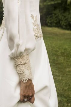 65 ideas for dress boho wedding vintage inspired Sleeves Designs For Dresses, Sleeve Designs, Hijab Fashion, Fashion Dresses, Fashion Fashion, Fashion Tips, Bridal Gowns, Wedding Gowns, Fashion Vestidos