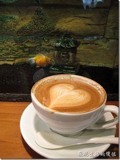 [台南]啜飲巷弄內的寧靜《a room,房間》咖啡廳