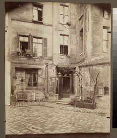 Cour de Rouen - boulevard St. Germain - Eugène Atget