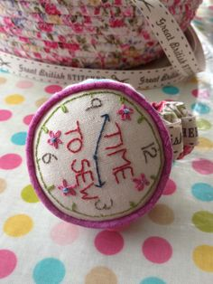 Wrist watch Pin cushion